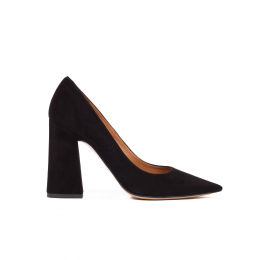 High block heel pumps in black suede Pura L�pez