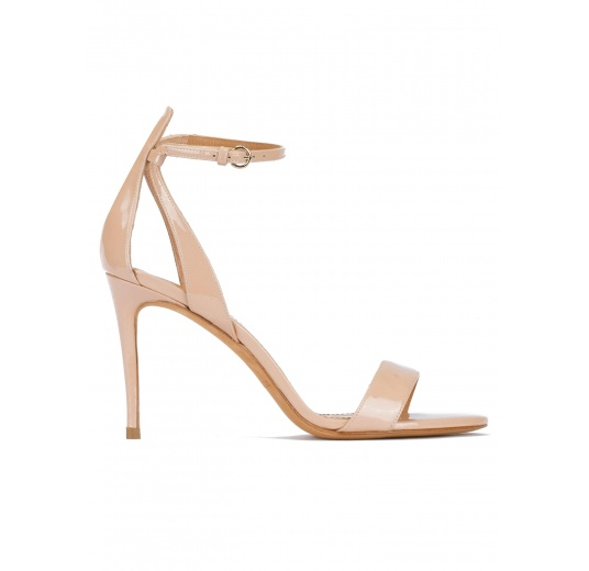 Nude ankle strap high heel sandals in patent leather Pura López