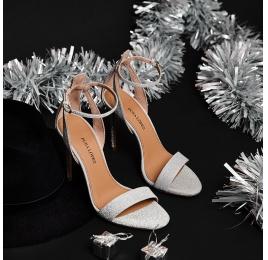 Sandalias de tacón en glitter plata con pulsera Pura López