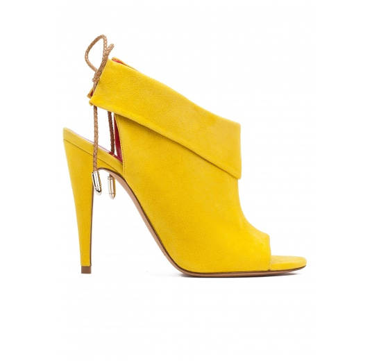 Lace-up high heel sandals in yellow suede Pura L�pez