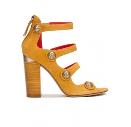 High block heel sandals in tobacco suede with metallic buttons Pura López