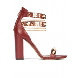 Flower trimmed ankle strap high block heel sandals in burgundy leather Pura López