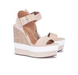 Platform sandals in sand suede and raffia Pura López