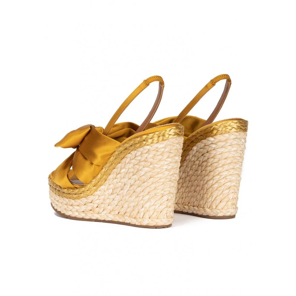 Miquela sandales Pura López