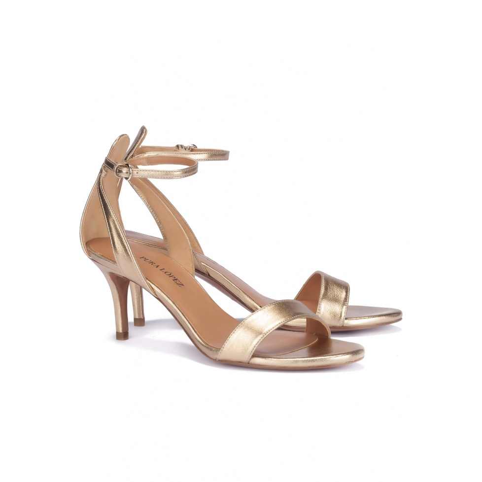 Mid heel sandals in gold leather - online shoe store Pura Lopez