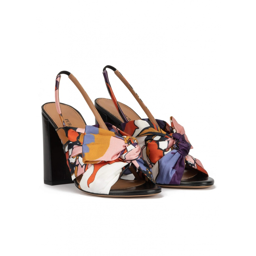 High block heel sandals in floral print fabric with bow