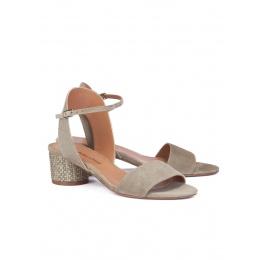Mid block heel sandals in kaki suede Pura López