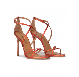 Crossed-strap high heel sandals in coral metallic leather Pura López