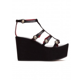 Wedge sandals in black suede and leather with buttons Pura López