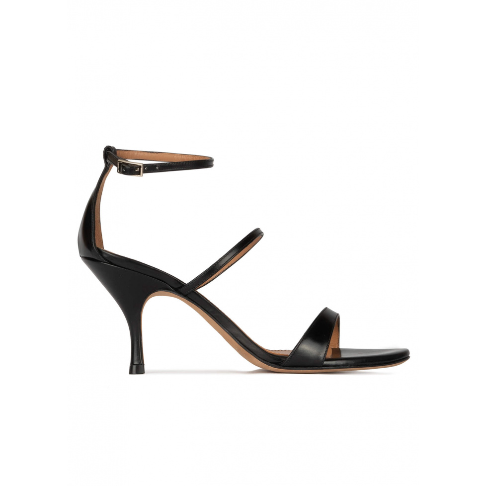 Ankle-strap mid heel sandals in black leather