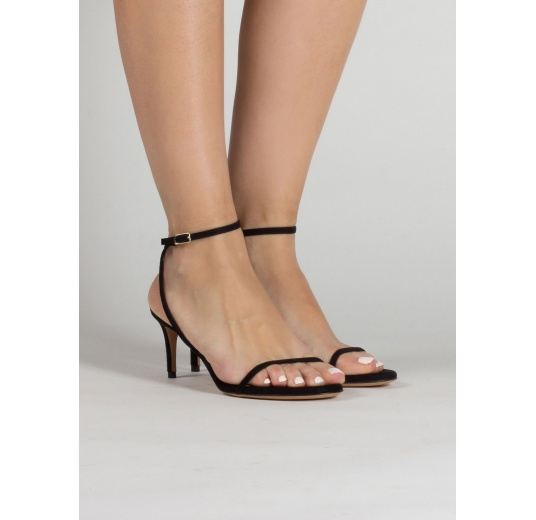 Strappy mid heel sandals in black suede Pura L�pez
