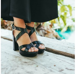 Black platform high block heel sandals in textured leather Pura López
