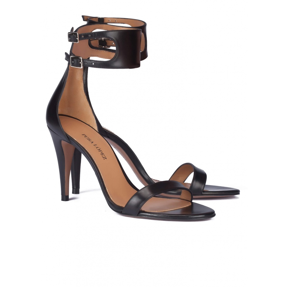 High heel sandals in black leather - online shoe store Pura Lopez