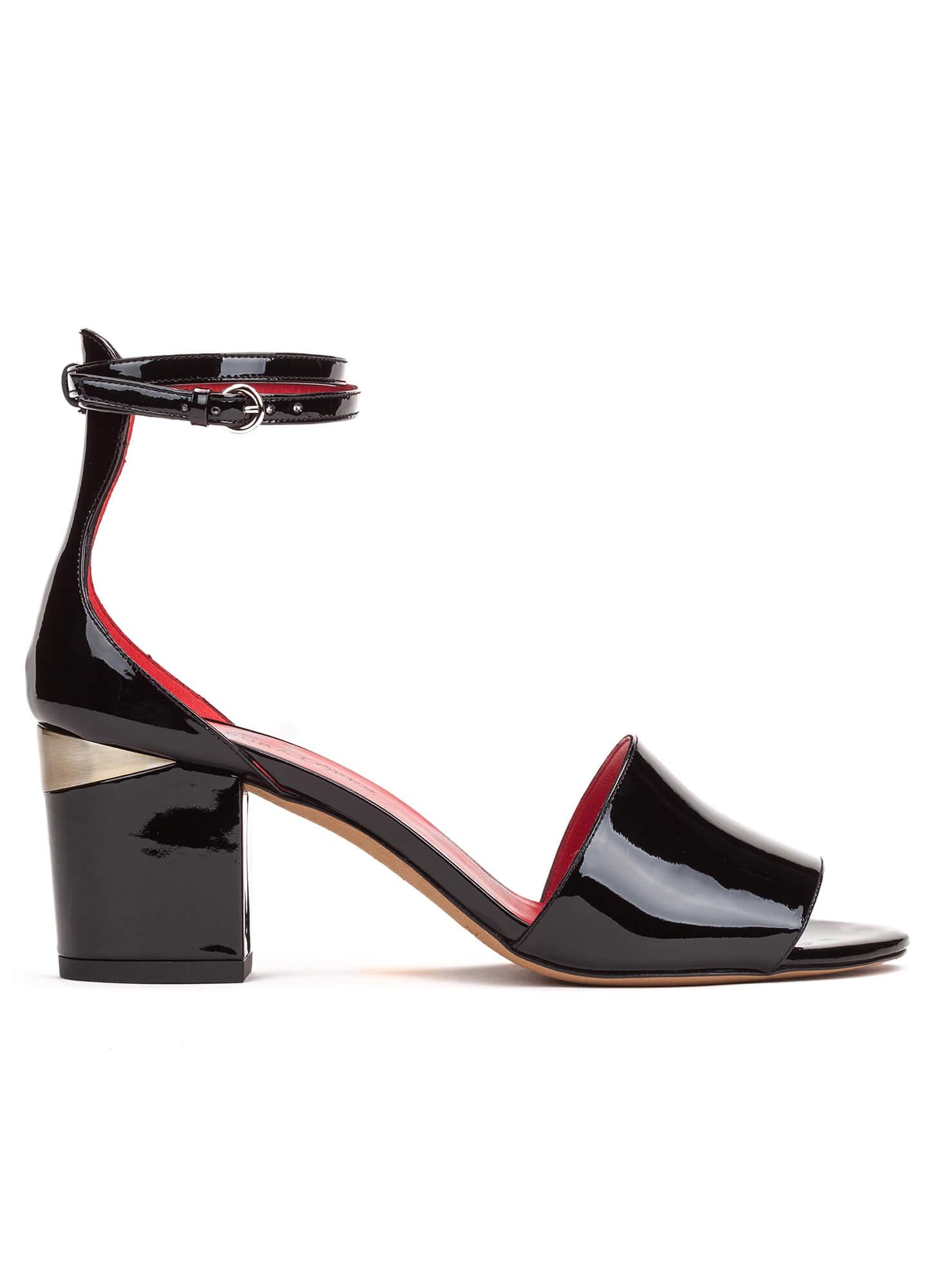 c675f52d211 Ankle strap sandals in black patent - shoe store Pura López . PURA LOPEZ