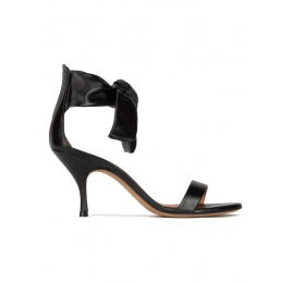 Bow-embellished black leather mid heel sandals Pura López