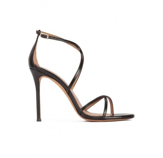 High heel sandals with crossed straps in black leather Pura L�pez