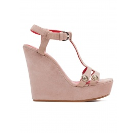 Wedge sandals in blush suede Pura López