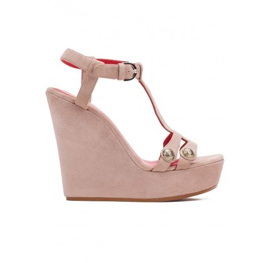 Wedge sandals in blush suede Pura L�pez