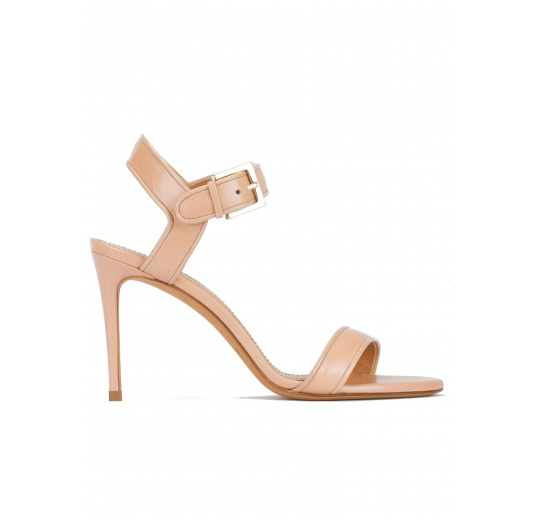 Strappy high-heeled sandals in nude leather with patent piping Pura L�pez