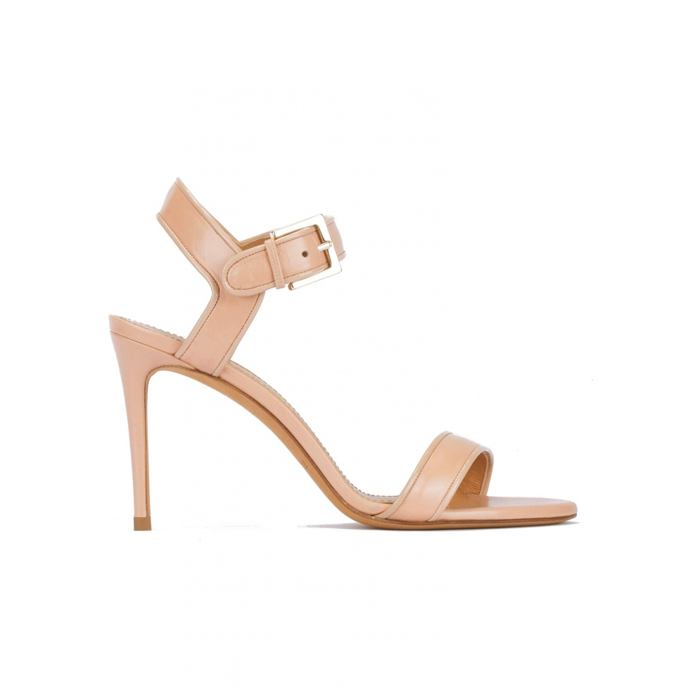 Strappy high-heeled sandals in nude leather with patent piping