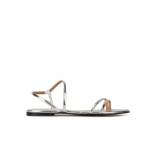 Strappy flat sandals in silver mirrored leather Pura López