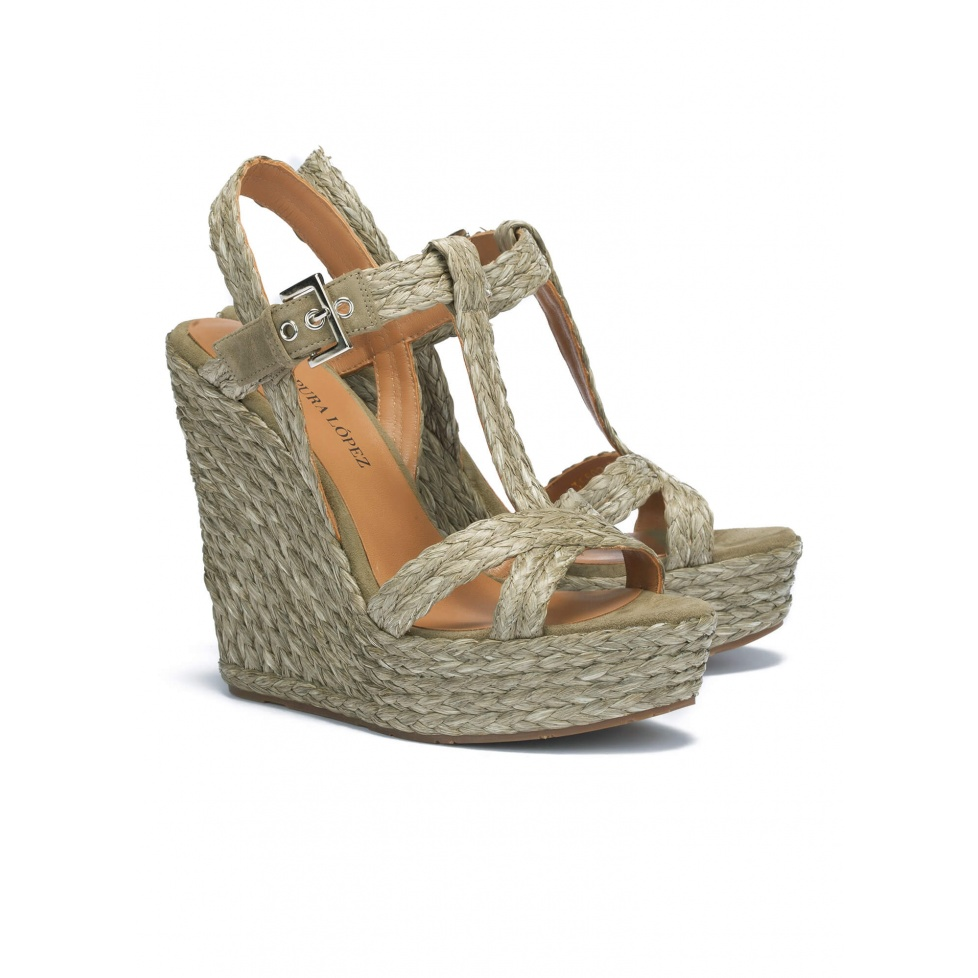 Wedge sandals in kaki raffia - online shoe store Pura Lopez
