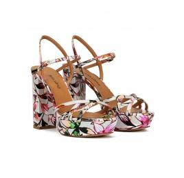 Sandalias de plataforma con estampado floral Pura López