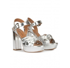 Block heel platform sandals in silver mirrored leather Pura López
