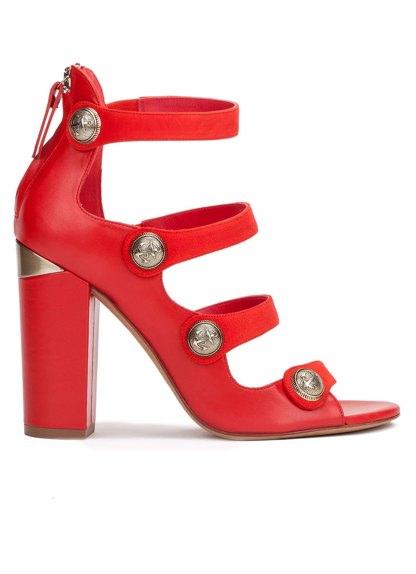 Resultado de imagen de pura lopez sandalias rojas