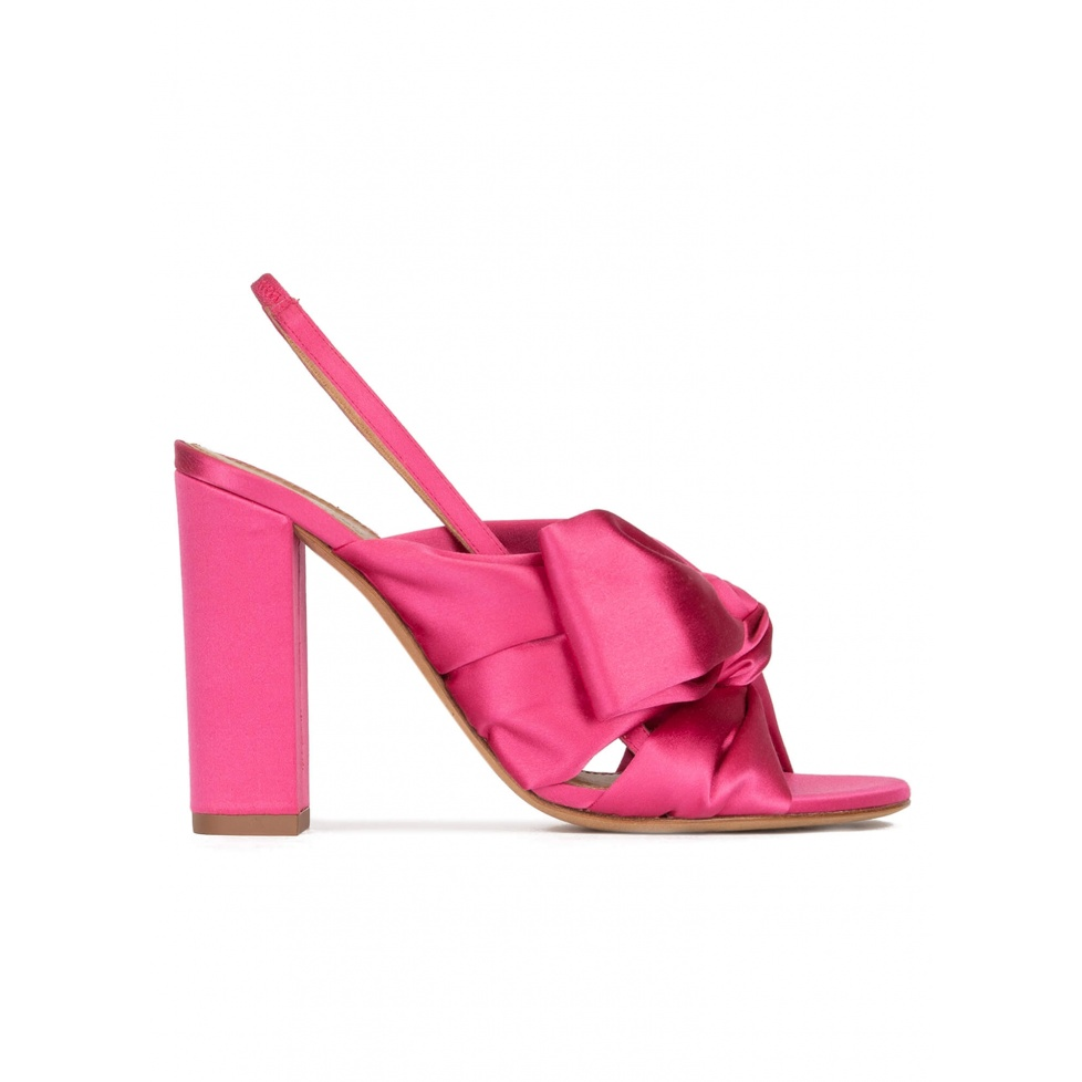 High block heel sandals in fuchsia satin