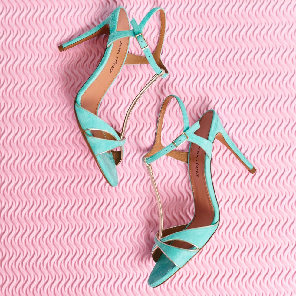 High-heeled sandals in aquamarine suede