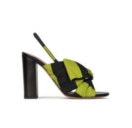 Bow detailed high block heel sandals in green and black fabric Pura López