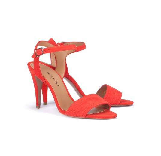 Heeled sandals in red suede Pura L�pez