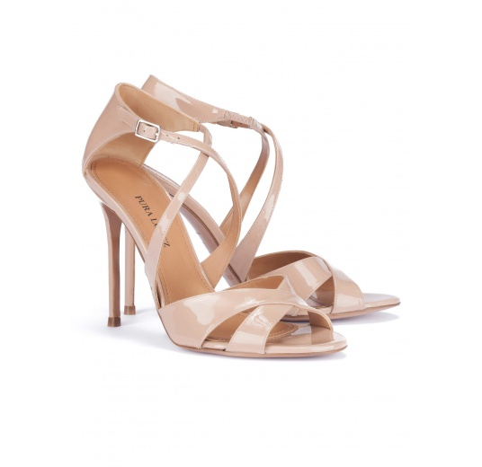 Strappy heeled sandals in nude patent leather Pura L�pez