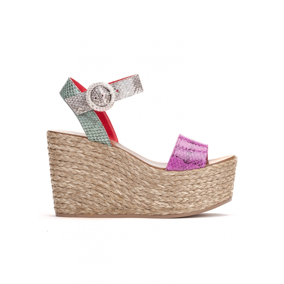 Wedge sandals in multicolored snake leather