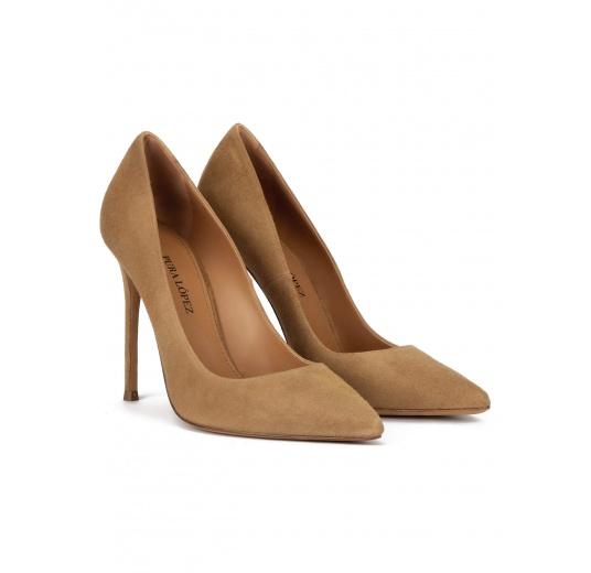 High heel point-toe pumps in camel suede Pura López