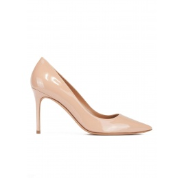 Pointy toe high heel pumps in nude patent leather Pura López