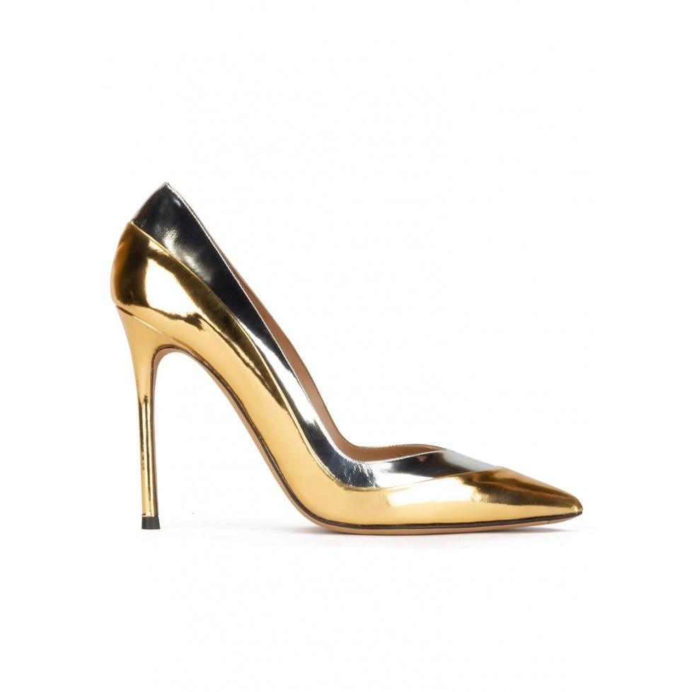 Zapatos de tacón alto y punta fina piel metalizada oro y plata