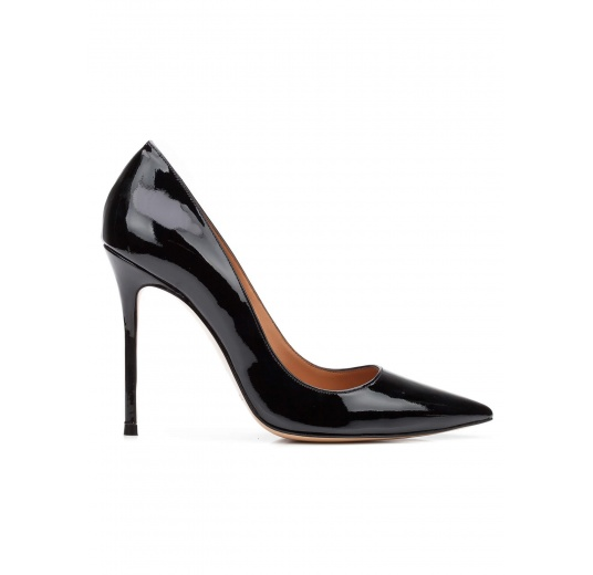 High heel pumps in black patent leather Pura L�pez