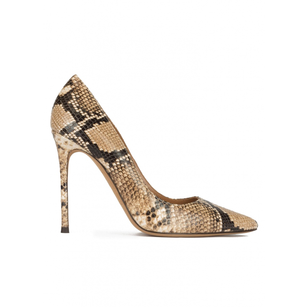 Pointy toe high-heeled pumps in brown snake-effect leather