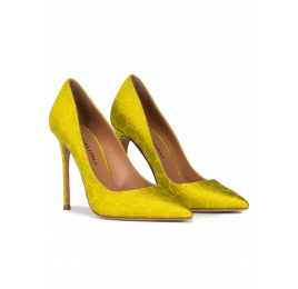 Heeled pointy toe pumps in pistachio green fabric Pura López