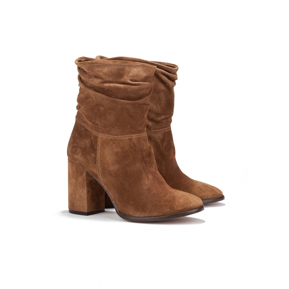 High heel ankle boots in brown suede - online shoe store Pura Lopez