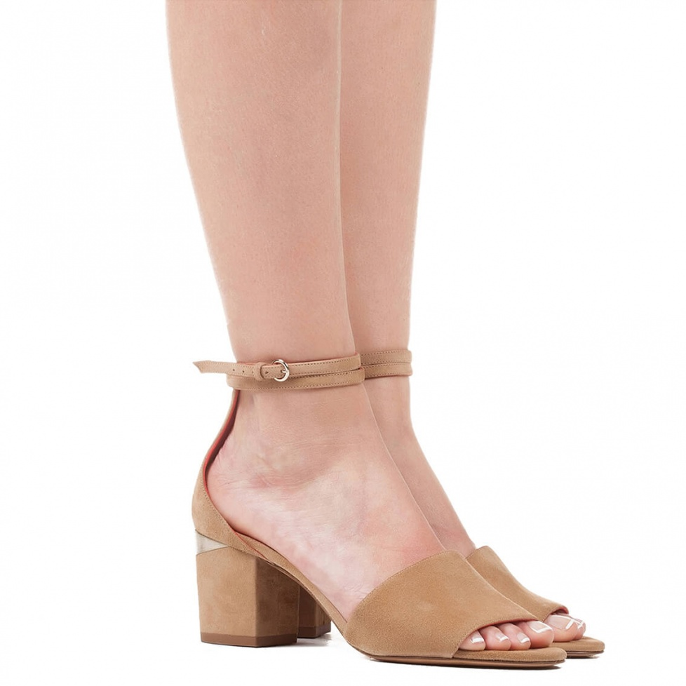 Ankle strap sandals in sand suede - shoe store Pura López