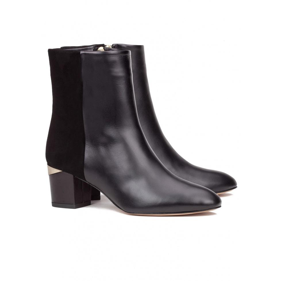 Botín negro de piel con medio tacón - tienda de zapatos Pura López