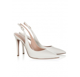 High heel pumps in natural white leather Pura López
