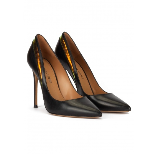 Pointy toe high pumps in black leather with detailed back Pura L�pez