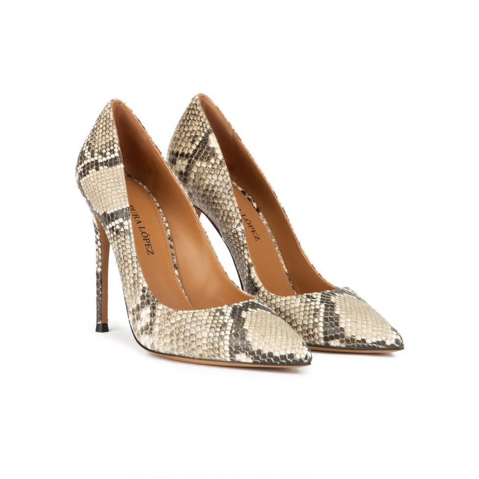 Point-toe high heel pumps in grey snake-effect leather