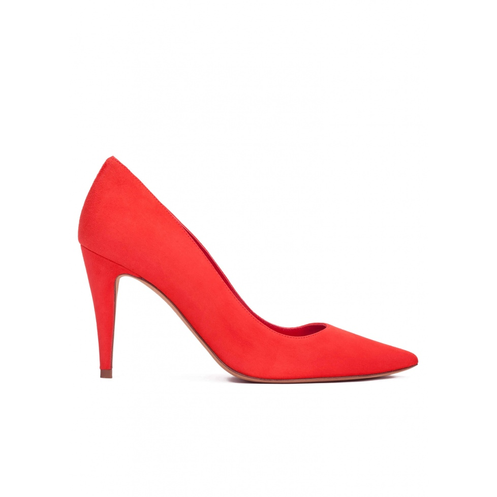 High heel pumps in red suede