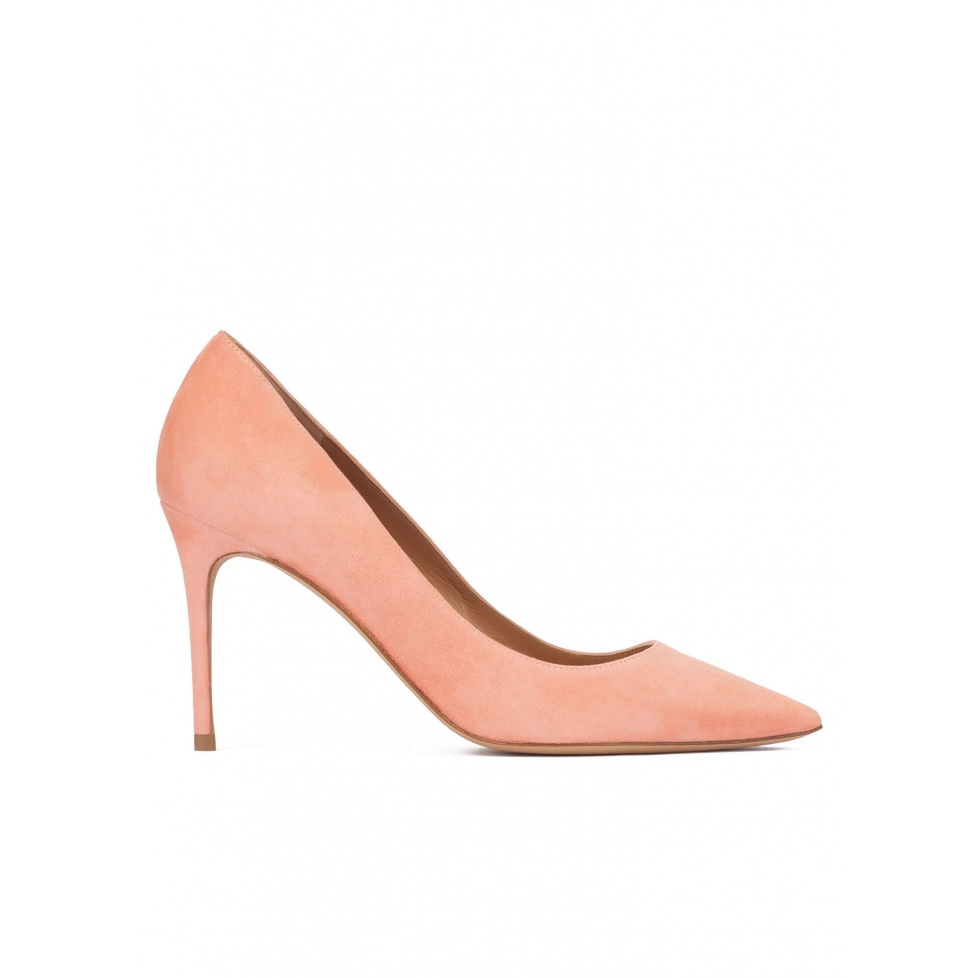 Heeled pointy toe pumps in old rose suede