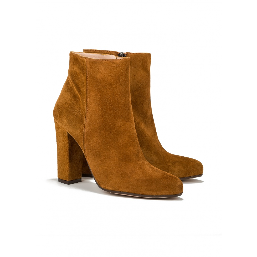 High heel ankle boots in tan suede - online shoe store Pura Lopez
